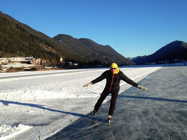 Eislaufen und entspannen am Weissensee