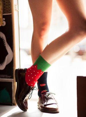 Erdbeeren witzige Socken