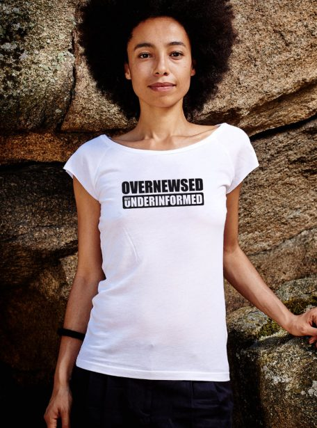 Overnewsed but Underinformed Damen Shirt von Awear - Bamboo